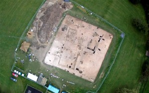 The Anglo-Saxon feasting hall unearthed in Lyminge, Kent Photo: UNIVERSITY OF READING.